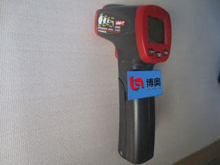 红外测温仪