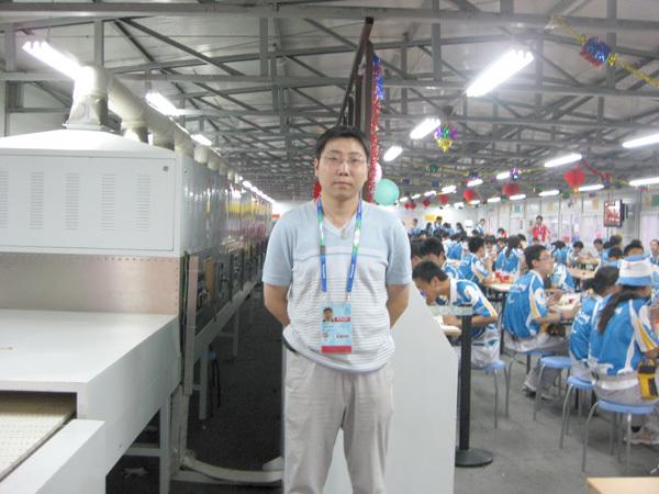 博奥员工在残奥会设备现场