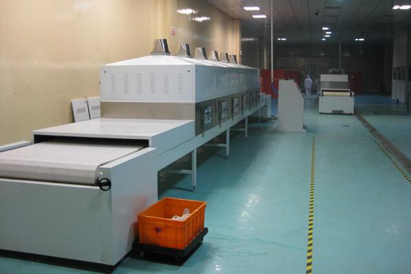 真空微波干燥设备干燥过程中木材温变特性