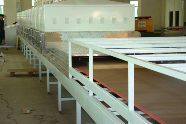 微波加热设备对木材的加热作用