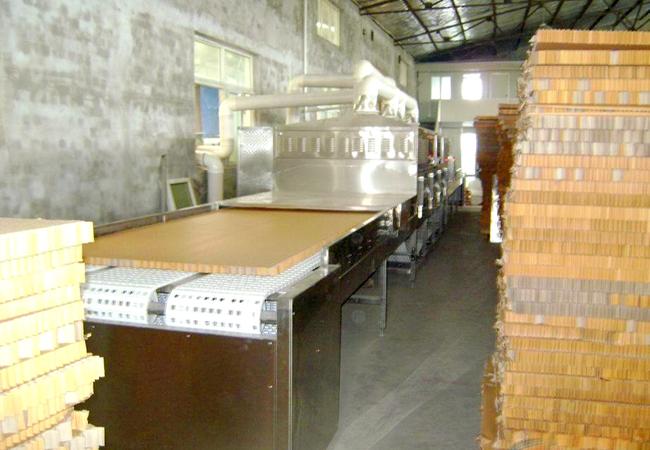 微波干燥设备顺利出货,为上海威胜发展助力