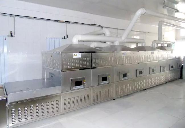 微波干燥設備生產過程中發熱的原因